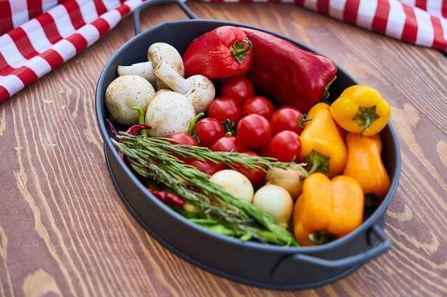 Fogyókúra 50 év felett figyeljünk az egészséges táplálkozásra.