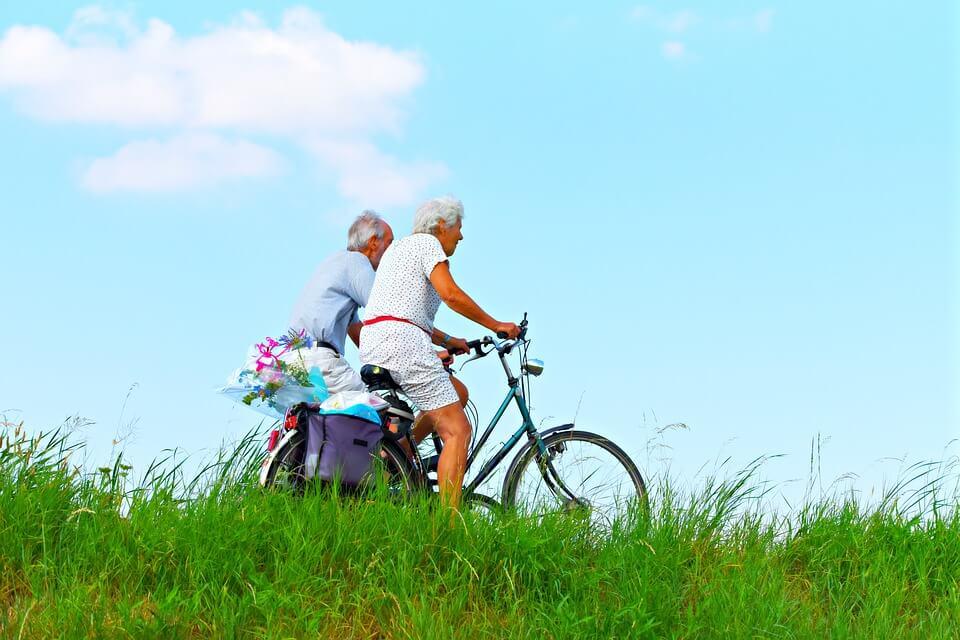 Sportok 50 felett, kerékpározás: a biciklizés rendkívül kíméletes az ízületekhez